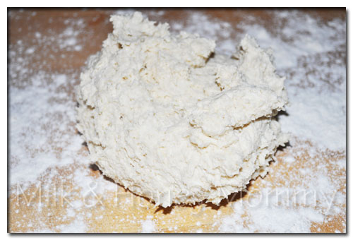 buttermilk biscuits dough